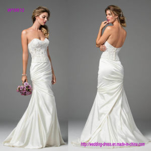 Modern and Romantic All in One Pleats Skirt on This Sweeping Stretch Satin Wedding Gown pictures & photos