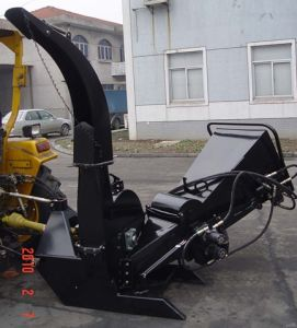 Wood Chipper Bx62r, CE Model, Double Hydraulic Feeding, 1070lbs Weight pictures & photos