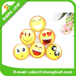 Custom Smile Crystal Button Glass Fridge Magnet pictures & photos