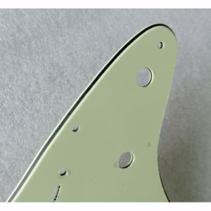 Thicker Middle Layer 10 Holes Mint Green Strat Guitar Pickguard pictures & photos