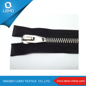 Factory Eco Friendly Highly Polished Custom Design Metal Zipper pictures & photos