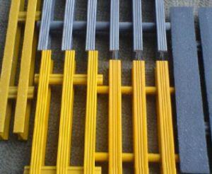 Fiberglass Pultruded Grating, Fiberglass Pultrusion Profile, FRP/GRP I Beam Grating pictures & photos
