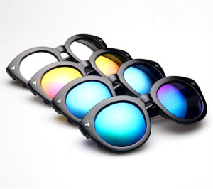 Hot Sales UV 400 Protection Round Fashion Sunglasses/Glasses pictures & photos