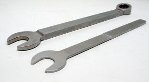 High Demand Stamped Steel Combination Wrench Made in China pictures & photos