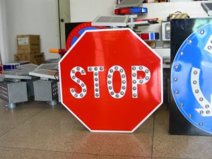 Personalized Informative Solar Traffic Sign Board pictures & photos