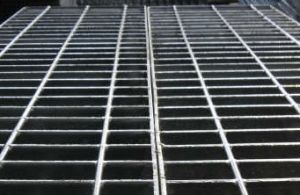 Welded Special Round Bar Steel Grating for Roof Catwalks pictures & photos