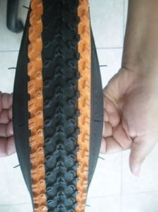 Color Bicycle Tyre/Tire 20X 2.125 pictures & photos