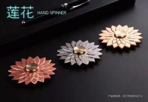 New Model Beautiful Lotus Luminous Metal Spinner pictures & photos