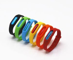 Wholesale Custom Mosquito Repellent Printed Engraved Debossed Silicone Silicon Bracelet Wristband