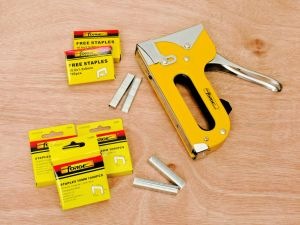 6mm Heavy Duty Staples for Construction, Packaging, Roofing, Decoration, Furniture pictures & photos