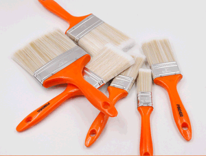Red Plastic Handle Pet Paint Brush pictures & photos