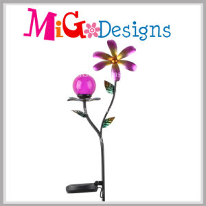 Custom Design Glass and Metal Solar Light Decorative Garden Stake pictures & photos