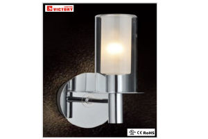 Modern Lighting Newest Design LED Wall Light with Metal Clear Glass Material pictures & photos