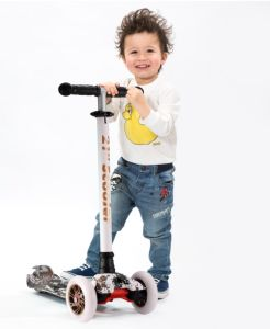 3 Wheel Kids Scooter Self Balancing Body Scooter pictures & photos