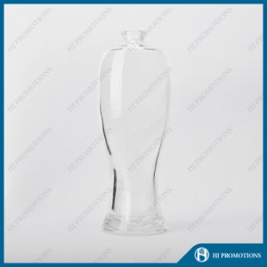 700ml High Quality Fascinating Glassware Liquor Bottle (HJ-GYTN-C03) pictures & photos