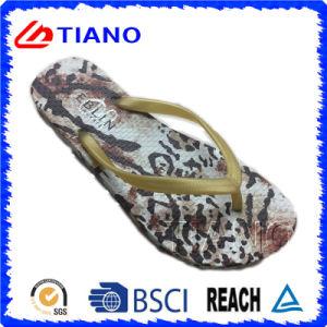 Fashion Design Beach Flip Flop for Lady (TNK35706) pictures & photos
