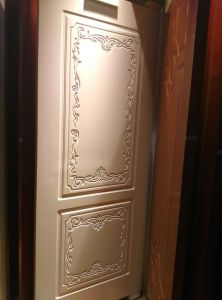 Solid Wood Composite HDF Door for Hotel Apartment Villa (YMJ--088) pictures & photos