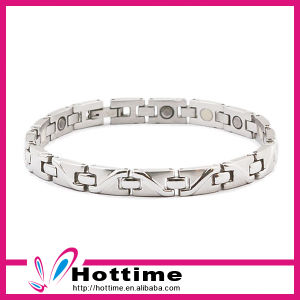 Hottest Factory Sale Magnetic Jewelry for Unisex with Stainless Steel pictures & photos