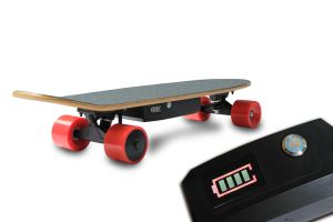 $140 4.4ah Belt Motor Mini Electric Four Wheels Skateboard pictures & photos