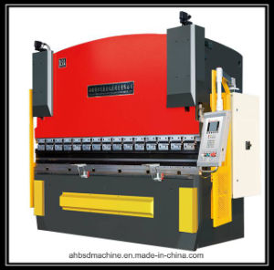 Good Quality Waterjet Cutting Machine CNC Router Machine CNC Machinery pictures & photos
