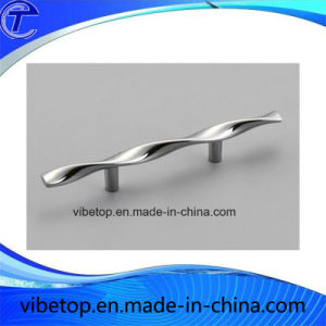 Hot Sale Competitive Zinc Alloy Furniture Handle Door Handle pictures & photos