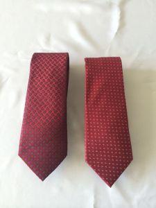 Red Colour Men′s Fashion Woven Silk Neckties pictures & photos