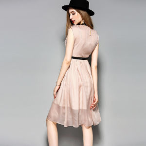 Hotsale Sleeveless Pleated Women Dress with Elastic Waist pictures & photos