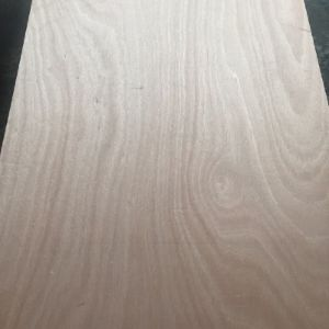 Okoume Face Bb/Bb Grade Poplar Core Plywood pictures & photos