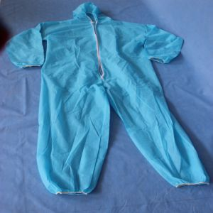 Disposable 105*145cm 38GSM PP Coveralls with Hood