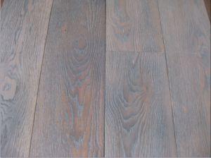 Oak Engineered Wood Flooring / Hardwood Parquet pictures & photos