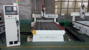 1325 Wood Working Linear Type Atc CNC Router for Door