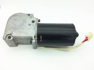 12V Passenger Car Door Pump Motor pictures & photos
