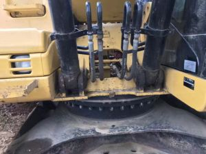 Working Condition Used Japan Excavator 320d for Sale pictures & photos