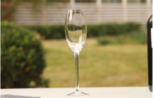 High Quality Transparent Crytal Glass Champagne Cup pictures & photos
