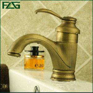 Flg Antique Brass Chrome Finishing Single Basin Mixer/Faucet/Tap pictures & photos