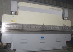 CNC Bending Machine (WC67K 400T6000) with E200 pictures & photos