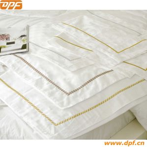Embroider Bedding Linen pictures & photos