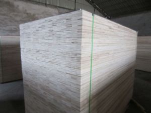 Thailand Market Commercial Plywood in Strip Core pictures & photos