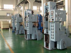 20 Ton Powder Compacting Press Assembly Line pictures & photos