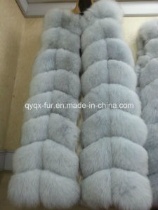 2015 Hot Selling Long Sryle Real Fox Fur Vest pictures & photos