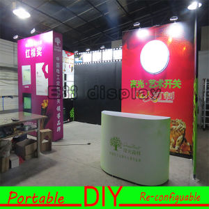 Custom Made Portable Cosmetic Display Standard Exhibition Booth Stand pictures & photos