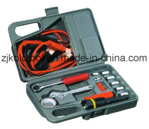 18PCS Emergency Car Tool Kit with Chrome Vanadium Socket Set pictures & photos