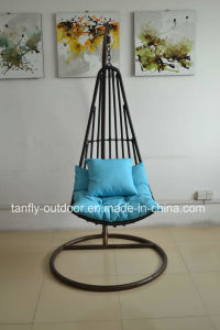 Hot Sale Outdoor and Indoor Rattan Hanging Egg Chair pictures & photos