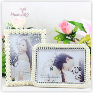 "Promotion Sexy Girl Plastic Pearl Love Photo Picture Frame (5""X7"") pictures & photos"