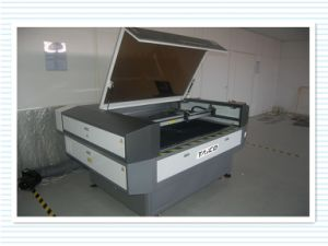 Attractive Automatic Laser Cutting Machine with Top Quality pictures & photos