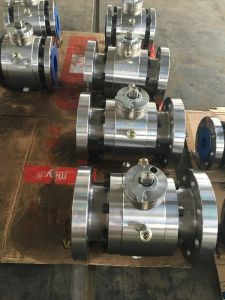 Big Size Trunnion Flanged Forged Ball Valve pictures & photos