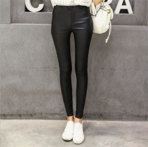 PU Matte Faux Leather Leggings with Buttons for Women P1261 pictures & photos