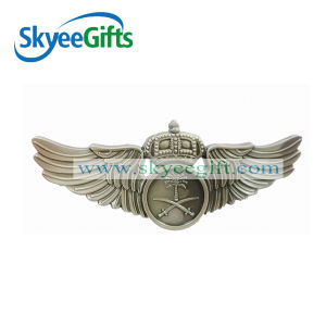 Wholesale High Quality Custom Metal Pin Badge pictures & photos
