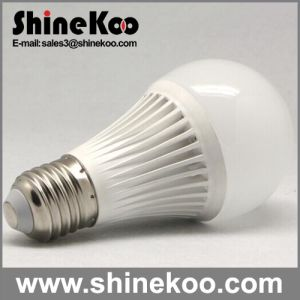 Aluminium Plastic E27 8W 10W 12W LED Bulb (G60-12W) pictures & photos