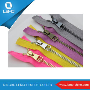 Good Quality Nylon Zipper for Sofa pictures & photos